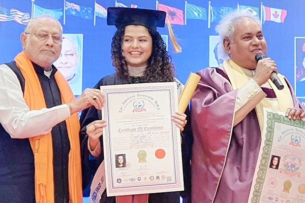 'प्रेम रतन धन पायो' गीतकी गायिका पलकलाई मानार्थ डाक्टर उपाधि