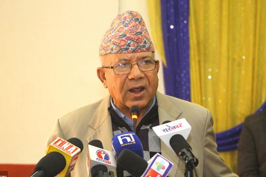 अर्को पार्टी खोल्ने निर्णय गर्यौं : माधव नेपाल